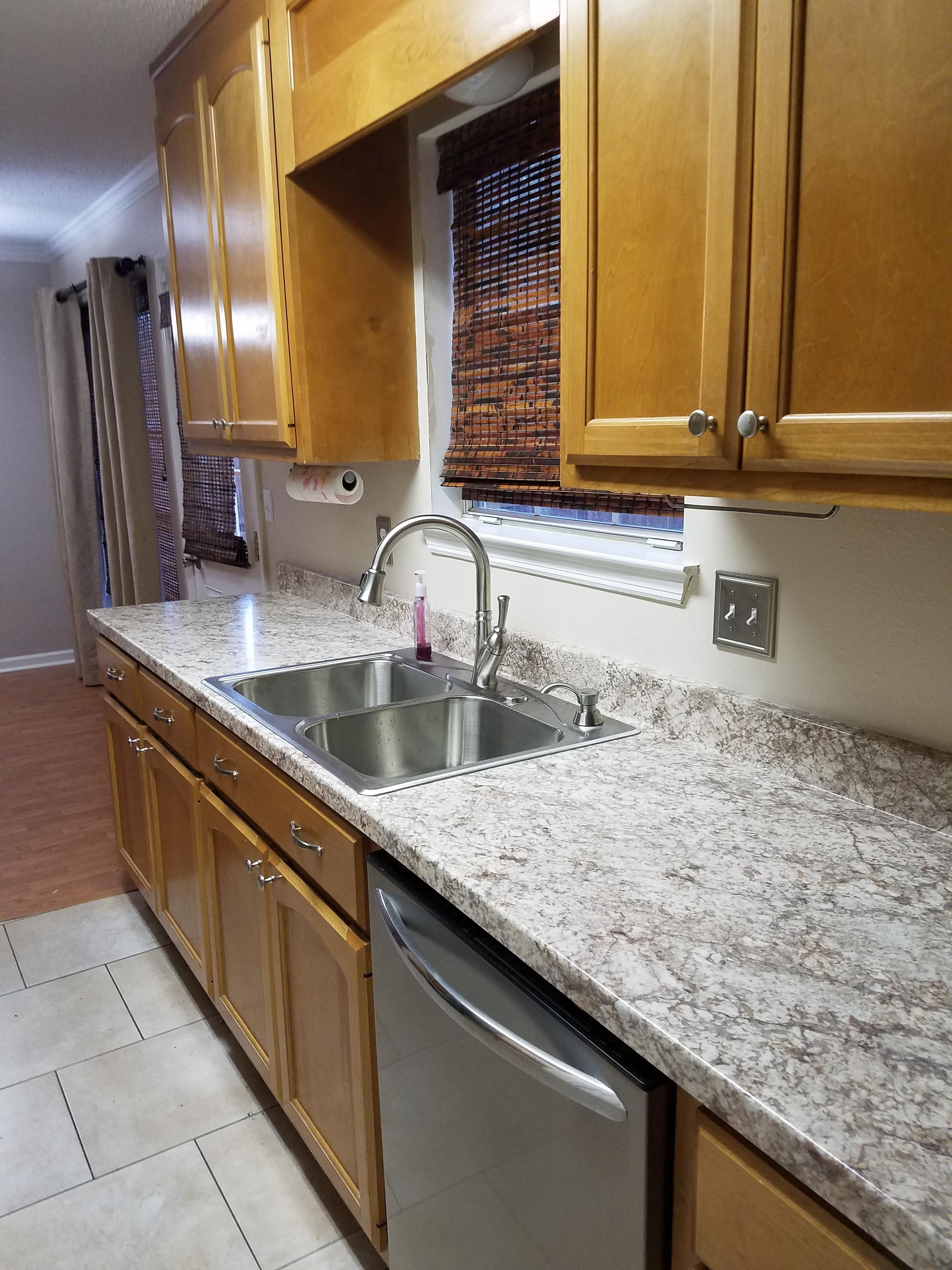 Kitchen counter top replacement by Theresa C. of Huntsville ...