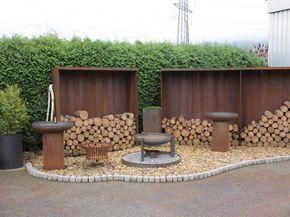 Sichtschutz rostig, Garteneinfassung, Brunnen aus Stahl und ...