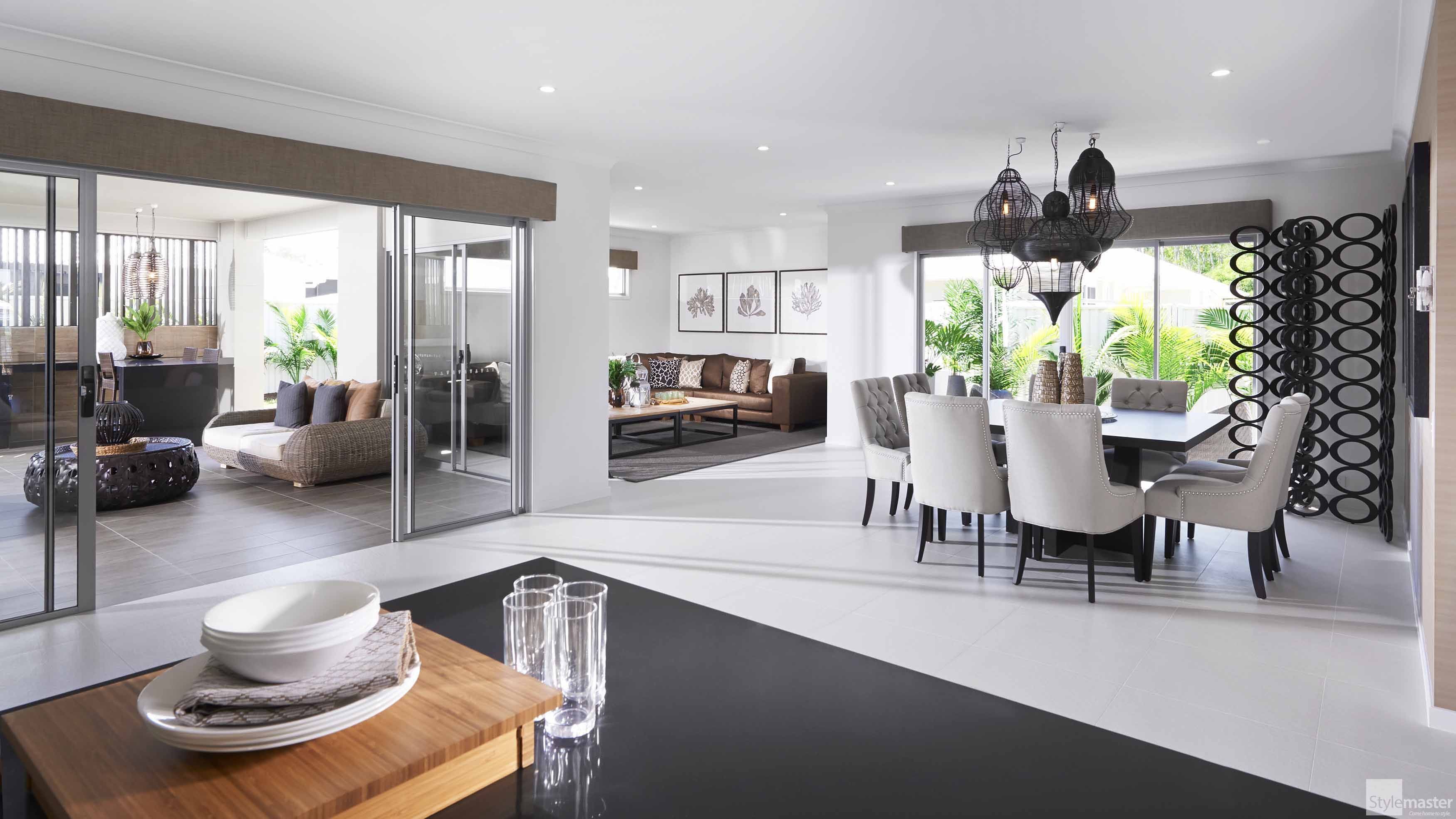 Seamless indoor outdoor living in the Lakeview by Stylemaster ...