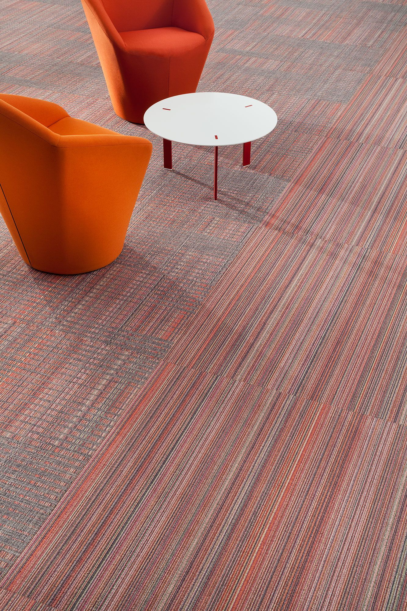 Harley color carpet tiles - Fahrenheit Collection Modularcarpet Design Interiordesign Color