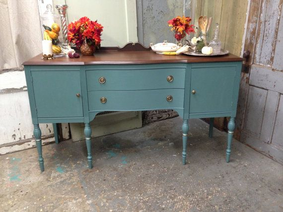 A Federal Style Vintage Dining Room Server Or Buffet This Sideboard Can Be Used