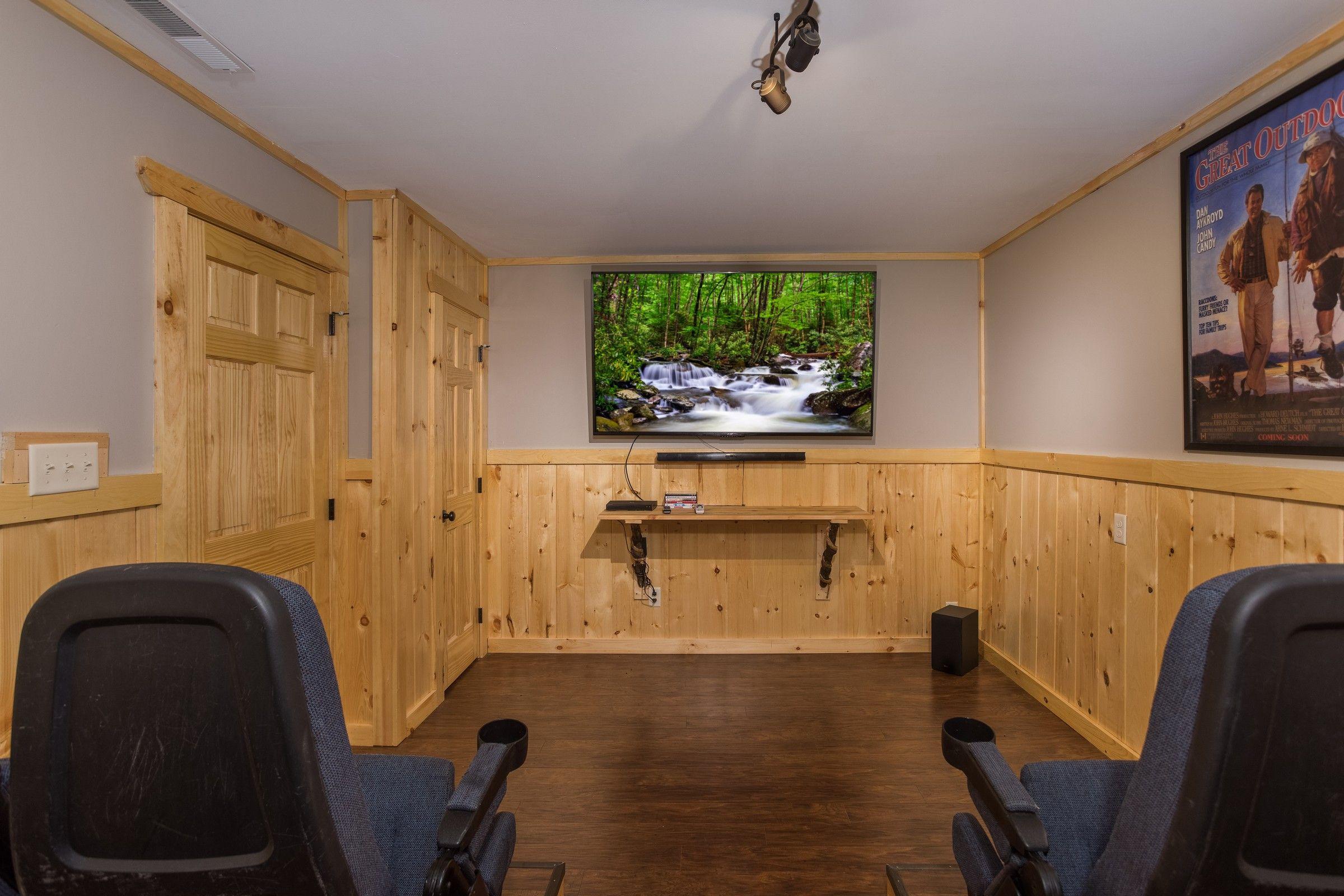 Grill Chill Deluxe 2 Bedroom Gatlinburg Cabin Rental Gatlinburg Cabin Rentals Pigeon Forge Cabin Rentals Cabin Rentals