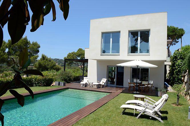 Facade of the Luxury Tamariu House, luxury rental in Costa Brava