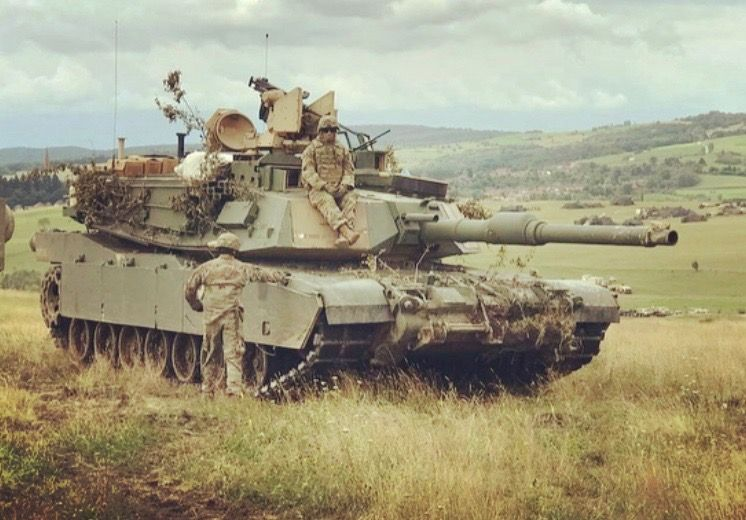 Pin By Gary Miller On M1 Abrams Tank Military Armor Army Tanks