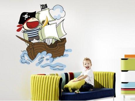 Vinilo pirata, decora con uno de los personajes favoritos de los más pequeños