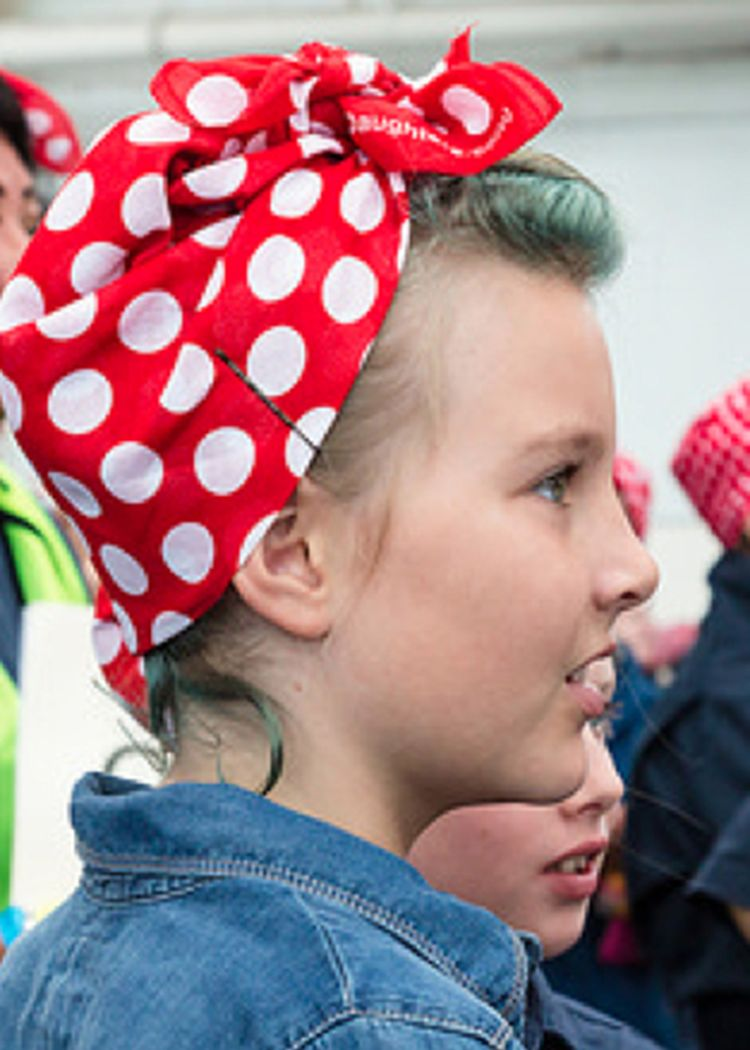 free gift with purchase. rosie the riveter bandana / rosie