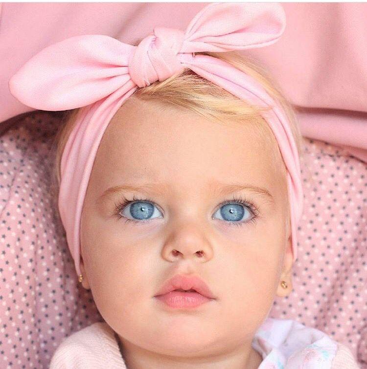betül cakir adlı kullanıcının Cute babies panosundaki Pin ...