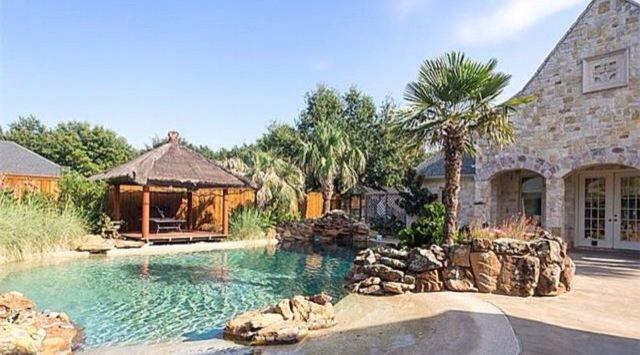 Amazing outdoor space and pool.  I love the natural feel