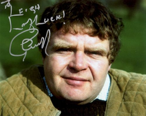 'Coronation Street' and 'Keeping up Appearances' actor Geoffrey Hughes dies at 68 after battle with prostate cancer, his agent says