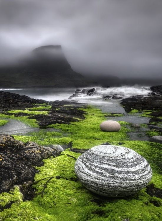 "Isle of Skye, Hebrides, Scotland .................... #GlobeTripper® | https://www.globe-tripper.com | ""Home-made Hospitality"" 