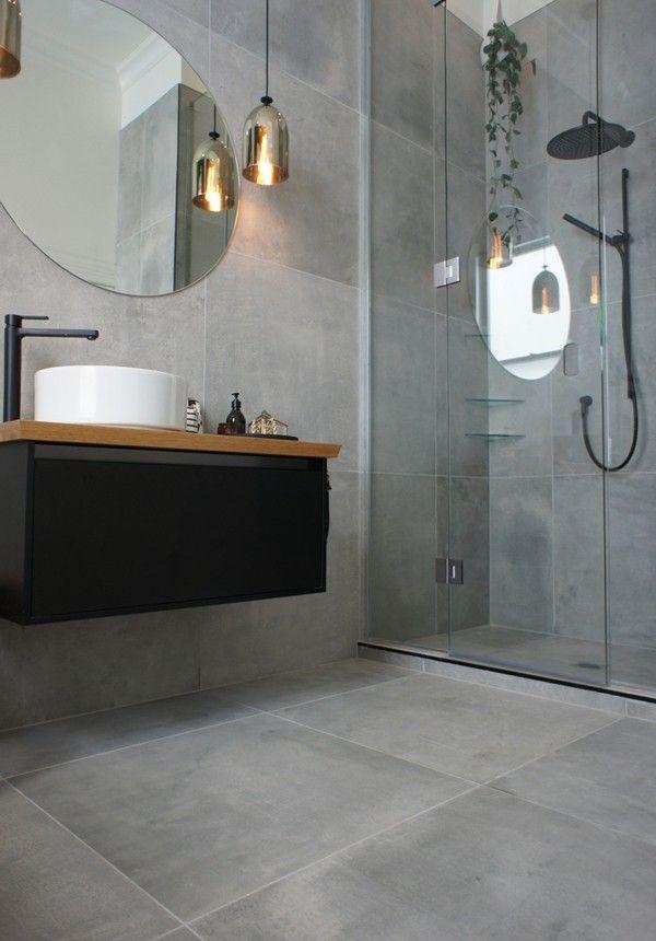 Runder Badspiegel Erhellt Und Schmuckt Das Badezimmer Gleichzeitig Mit Bildern Badezimmer Badezimmerideen Badezimmer Design