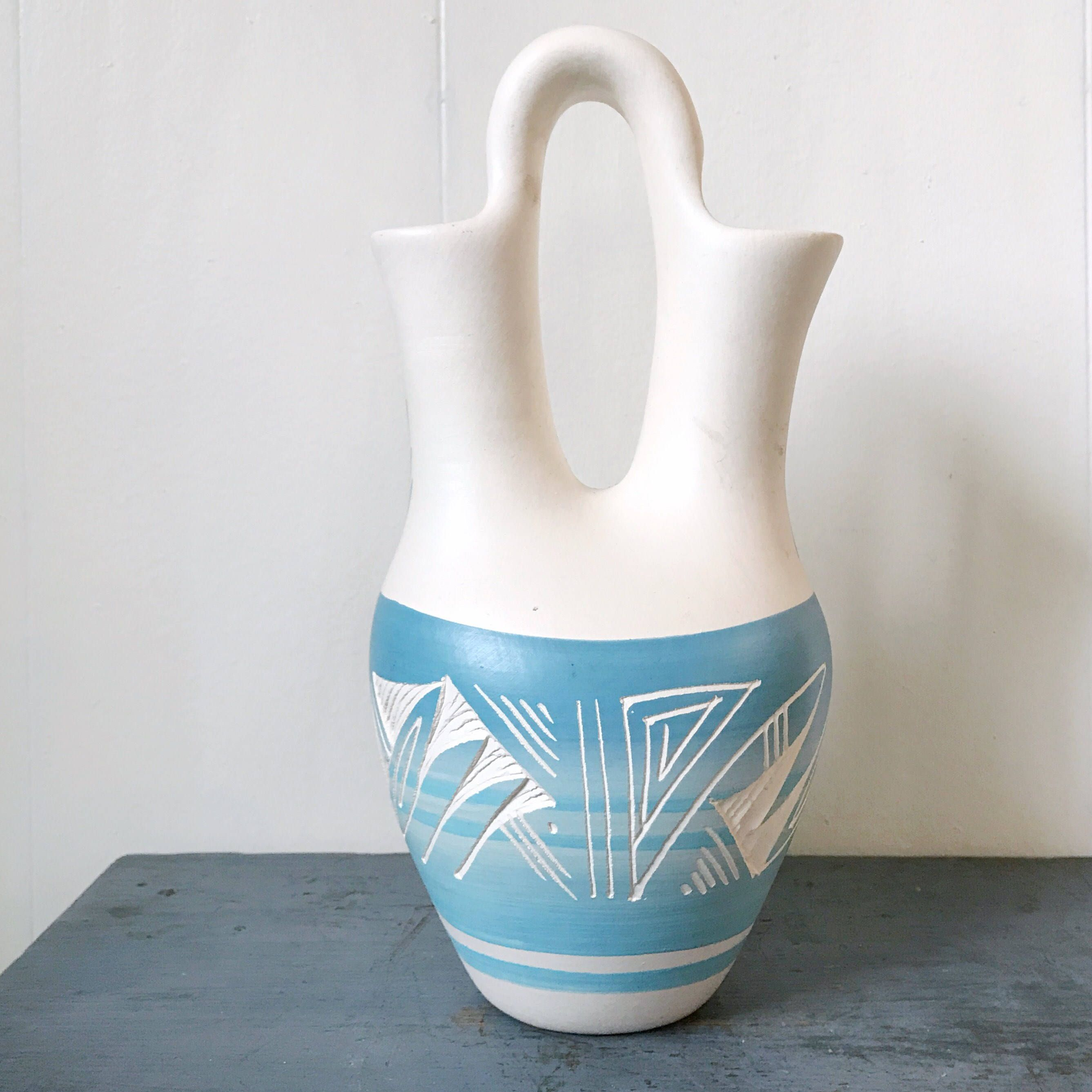 Handmade mesa verde pueblo pottery native american wedding vase handmade mesa verde pueblo pottery native american wedding vase turquoise cream ombre wedding reviewsmspy