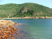 Featherbed Nature Reserve:  The world famous landmark, the Knysna heads are two giant sandstone cliffs which mark the Knysna River's entrance. Featherbed Nature Reserve, a unique 150 ha private Nature Reserve. It is one of South Africa's Natural Heritage Sites.