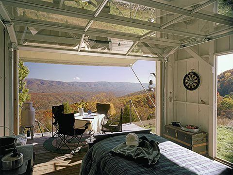A box, a few garage doors and a great view – perfection!