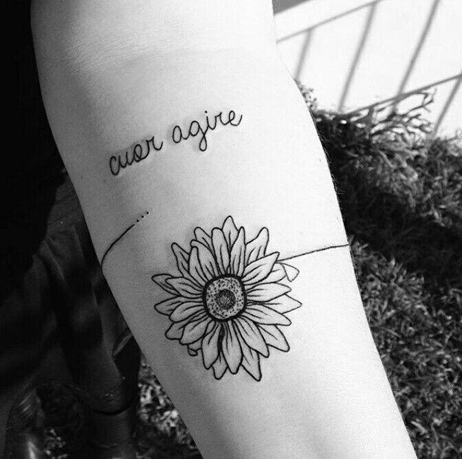 Tattoo de girassol pequena preta \u2026