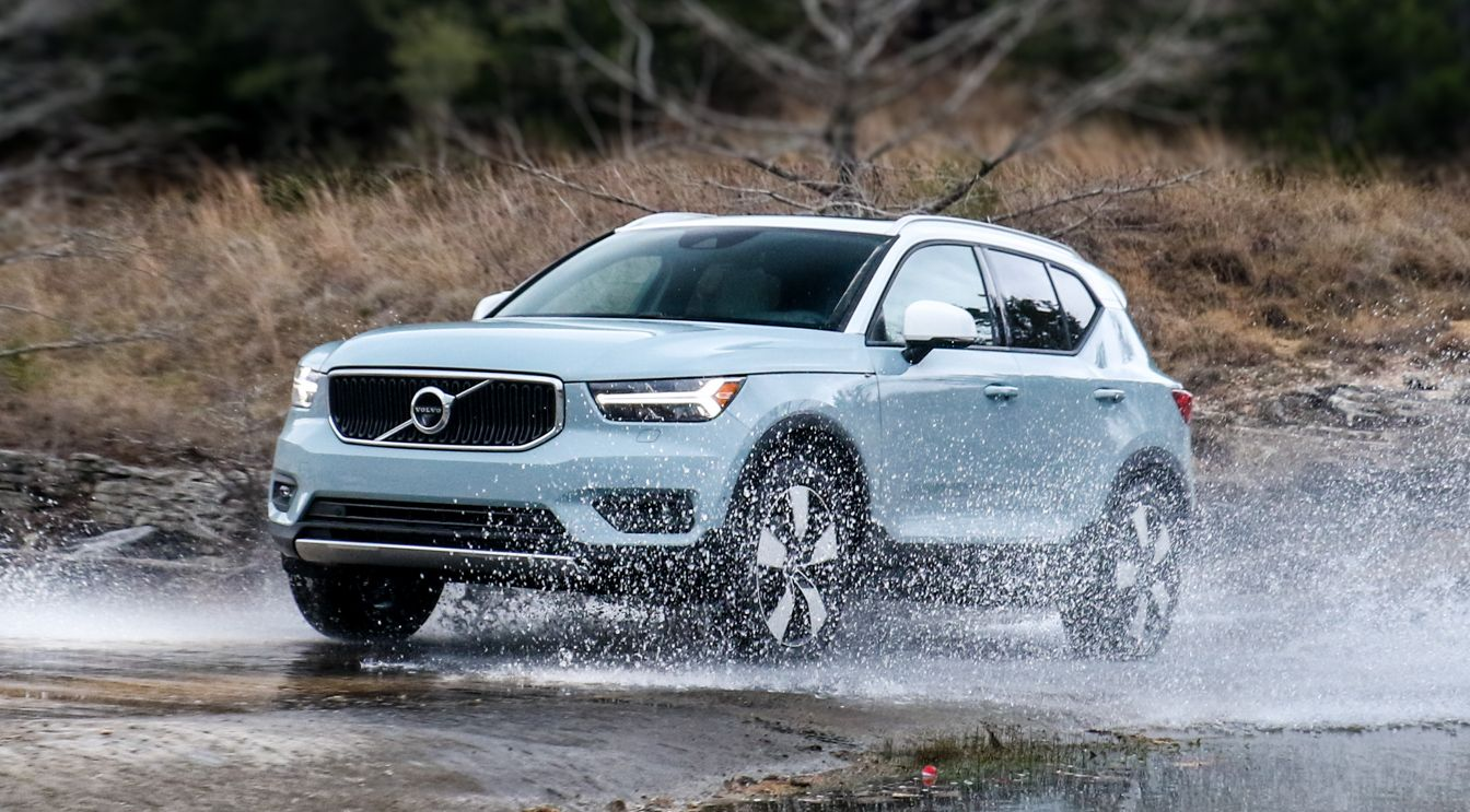 2019 Volvo Xc40 Review Standout Subcompact Crossover Heavy On Safety Volvo Subcompact Volvo Xc