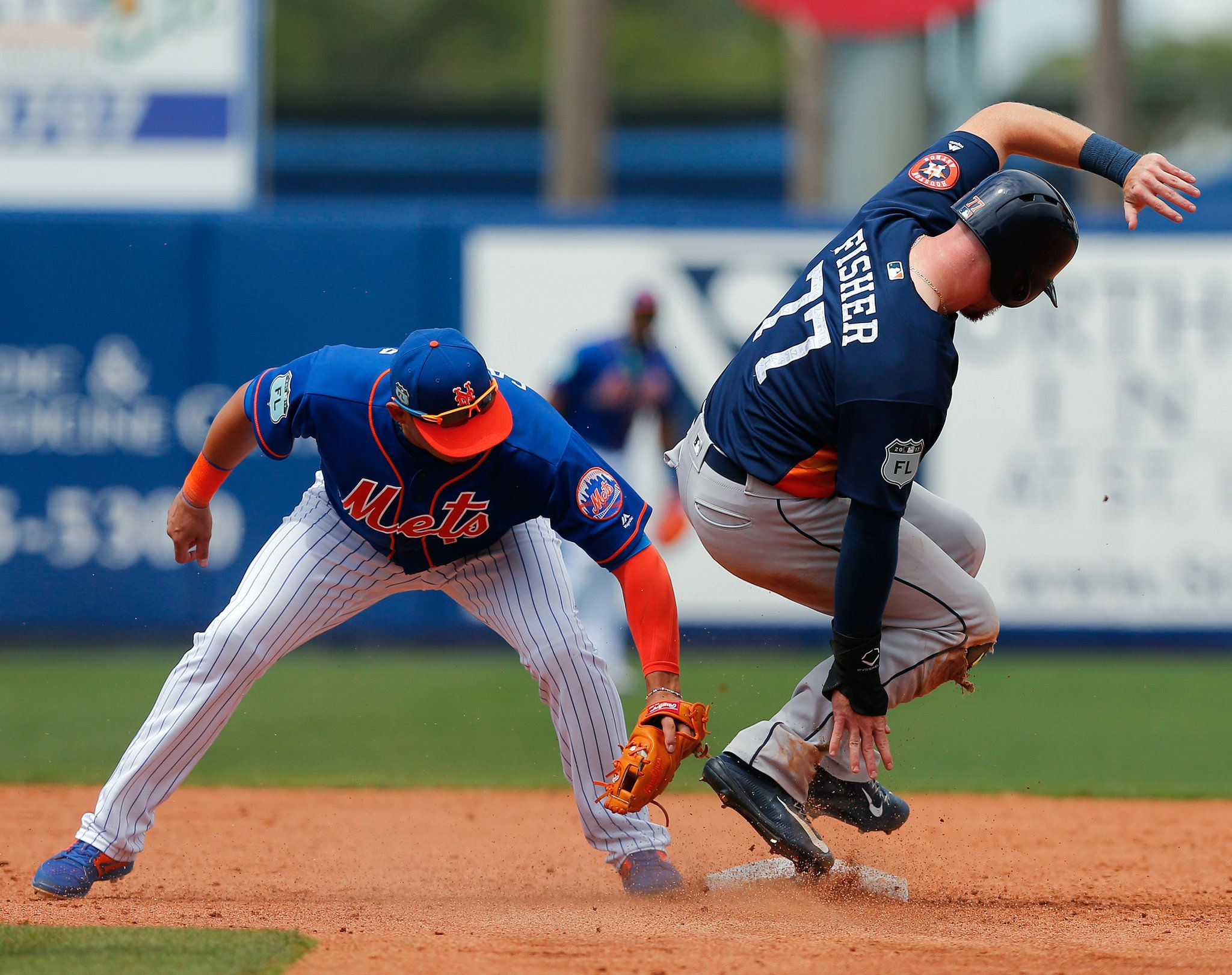 Photo              The Astros' Derek Fisher (77) stealing second base on Friday as Asdrubal Cabrera, the Mets' shortstop, applied a late tag.                                      Credit             John Bazemore/Associated Press                      PORT ST. LUCIE, Fla. — Mets starter Noah...  http://usa.swengen.com/stolen-bases-continue-to-plague-noah-syndergaard-and-travis-darnaud/