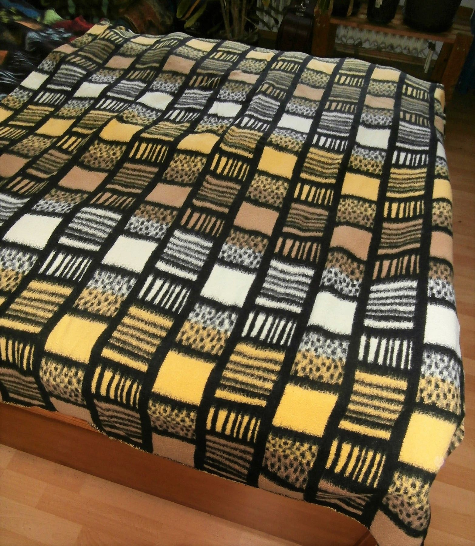 3 New Blankets Vintage Woolblanket Retroblankets Blanketmuseum Instagram 50s 60s Prop Oudedekens Vintageblanket Vintagedeken Wolldecke Decke Stoffe