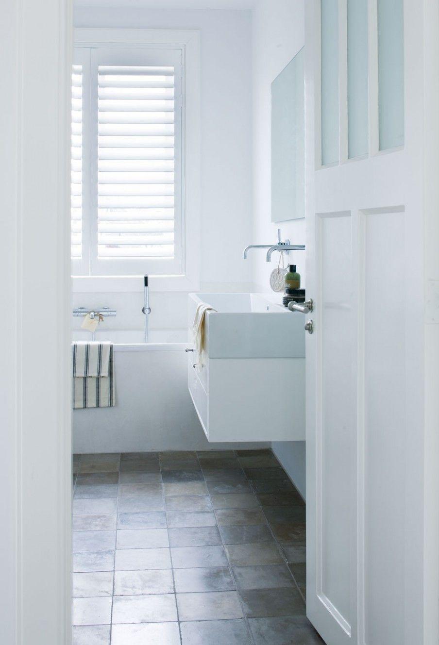 witte-badkamer-8 | Bath | Pinterest | Bath, Interiors and Bathroom ...