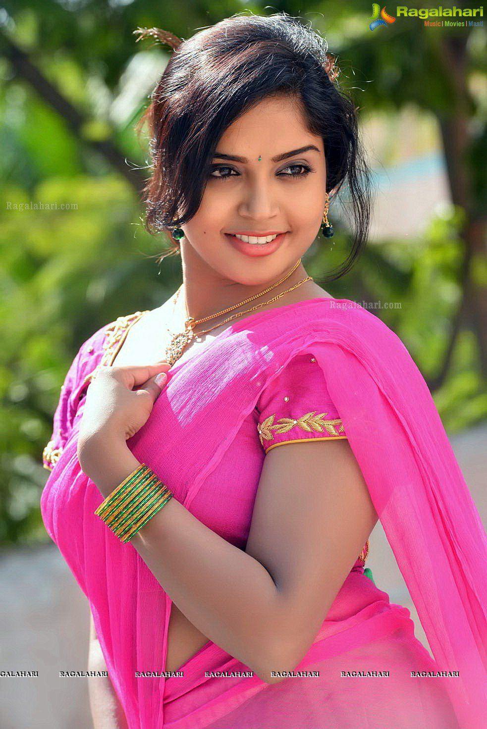 Telugu Cinema Actress Karunya Chowdary Photos - Karunya Chowdary ...