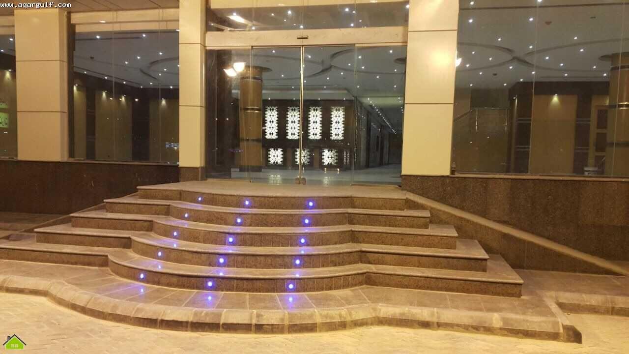 عمارة شقق فندقية للإيجار مساحة 1572 م 41 شقة مصرحة شقق مفروشة شرق الرياض تتكون من 30 شقة غرفة وصالة 11 شقة غرفتين وصالة زاوية 30 شما Stairs Home Home Decor