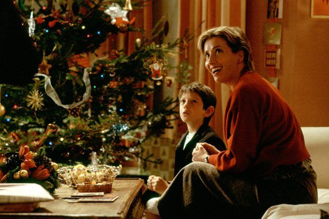 The 16 Best Holiday Decor Ideas from Our Fave Movies | Brit + Co