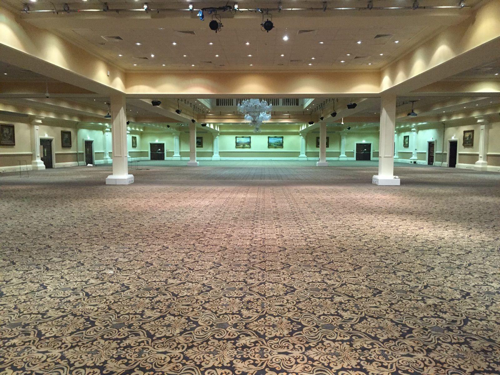 Custom Manufactured 10 Row Axminster City West Hotel Ballroom Carpet Tiles Commercial Carpet Commercial Flooring