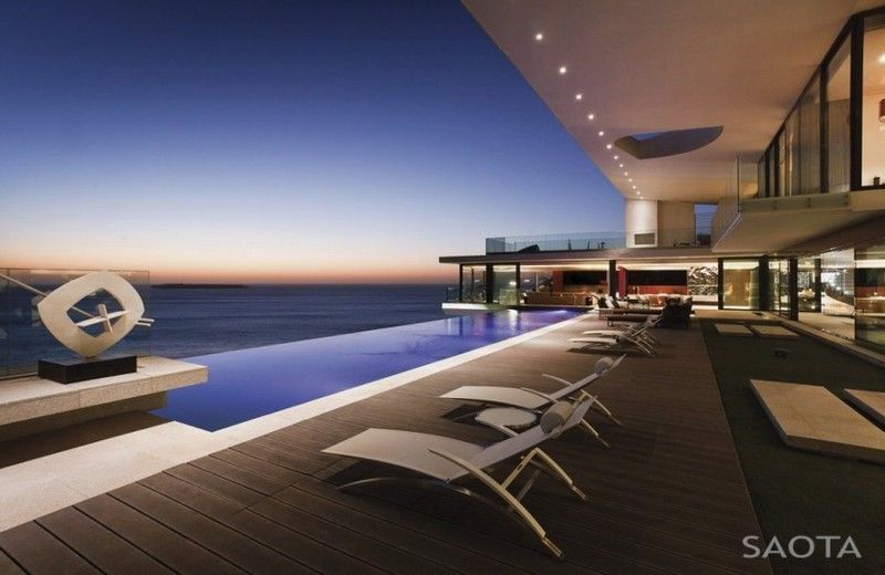 House views of big and luxury villa with wonderful atlantic