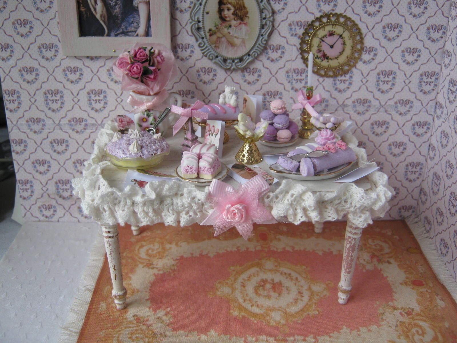 no l table miniature shabby chic accessoires de maison par cannelle miniatures shabby. Black Bedroom Furniture Sets. Home Design Ideas