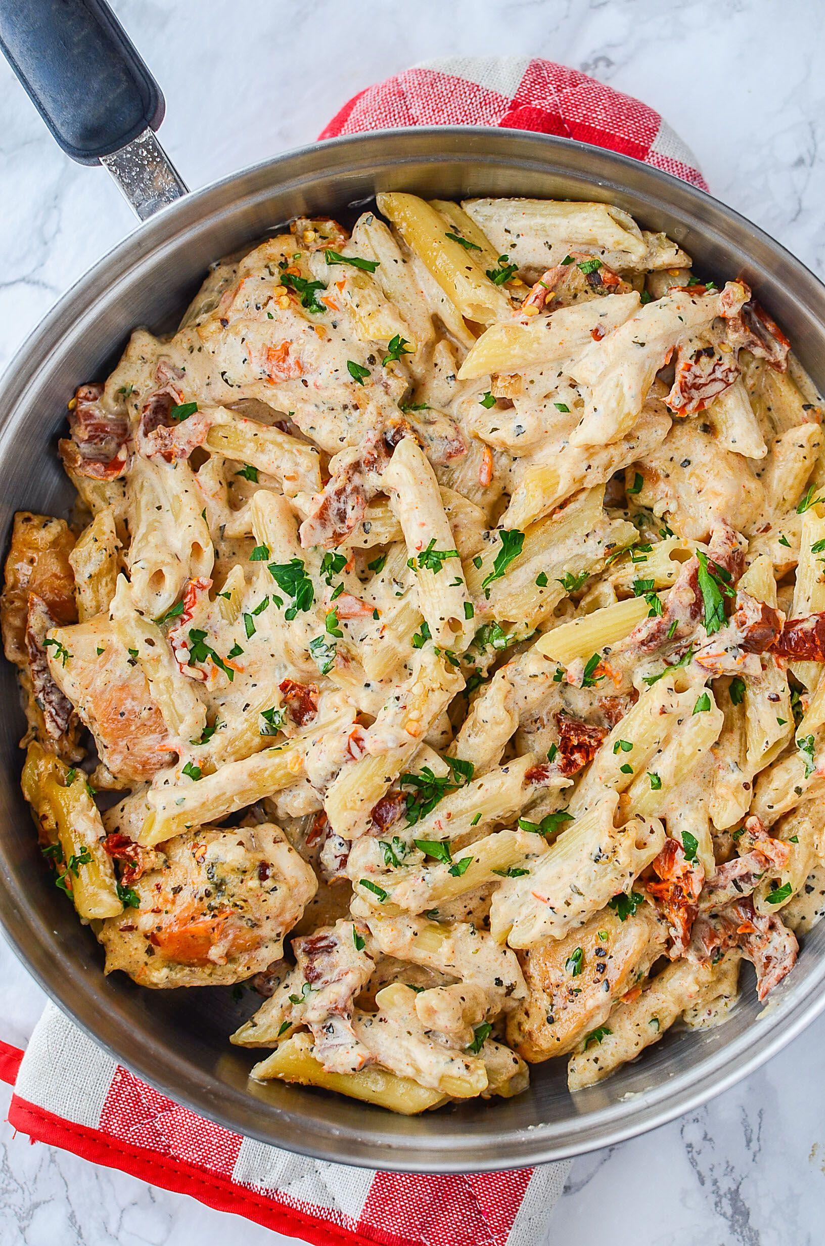 Creamy Sun Dried Tomato Chicken Pasta Recipe Pasta Dinner Recipes Pasta Dishes Sundried Tomato Chicken