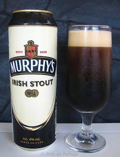 Murphy's Irish Stout: Essa é sempre uma boa pedida quanto estou comendo os pratos do The Joy ou do Vila Imperial.  Gostosa, e com um lindo efeito quando servida.