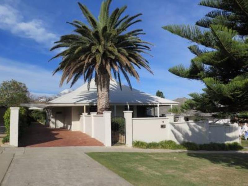 Perth cottesloe beach house australia pacific ocean and