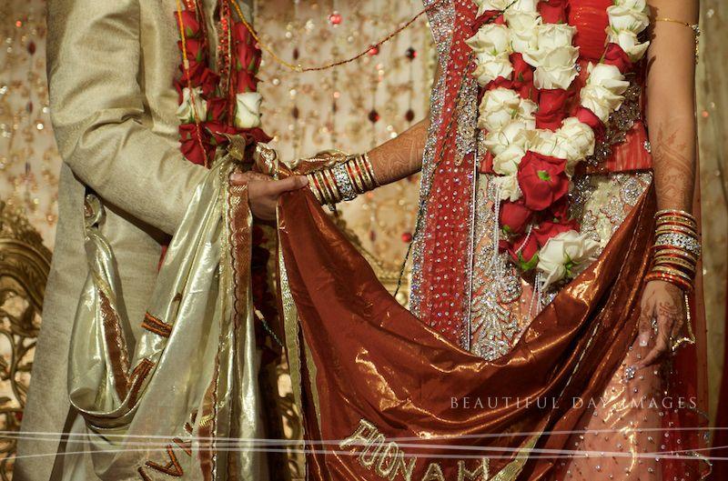 saat phere Desi bride, Indian fashion, Indian wedding