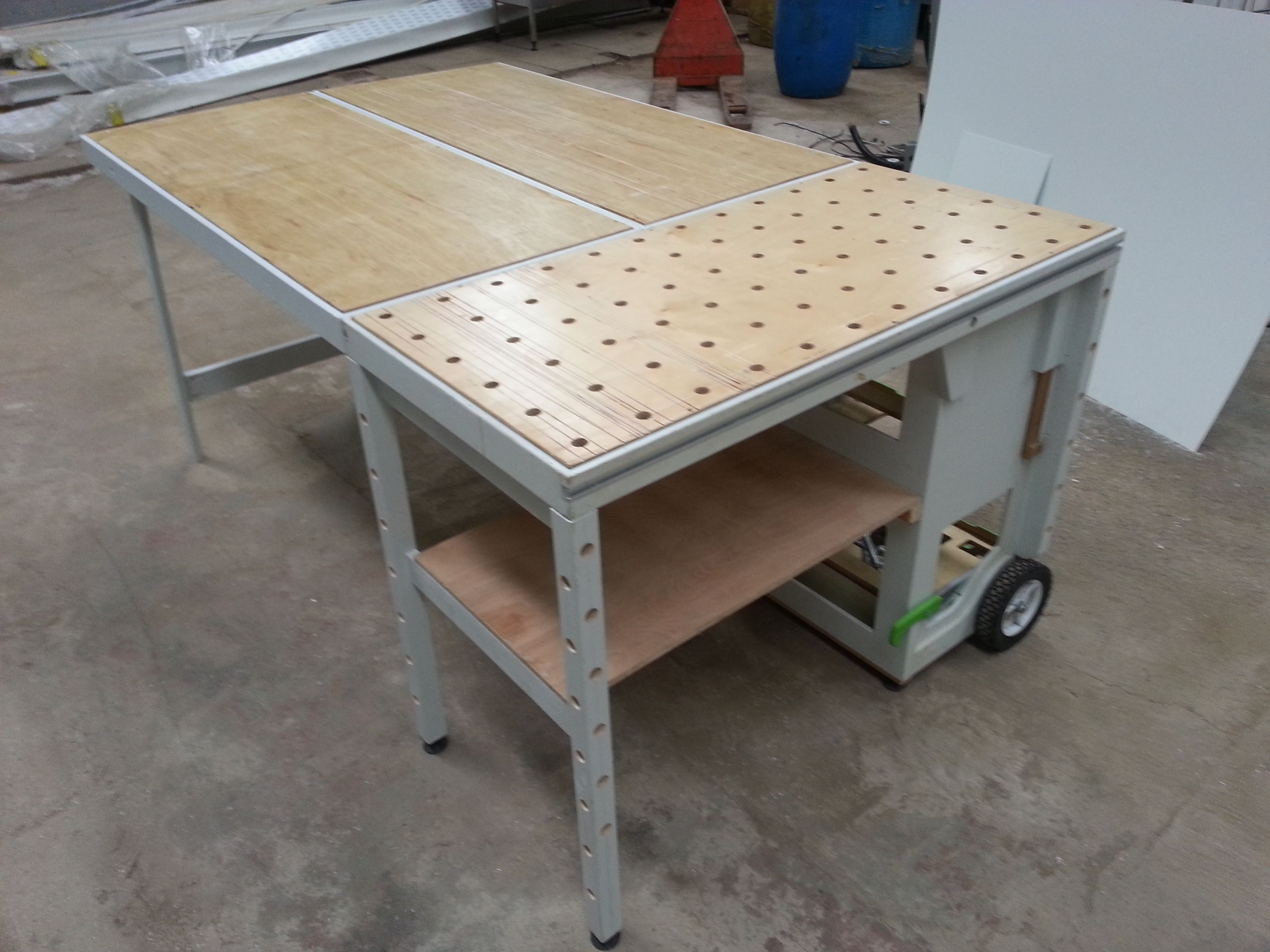 Table De Travail Atelier Mftc Portable Workshop Mftc Pinterest Atelier