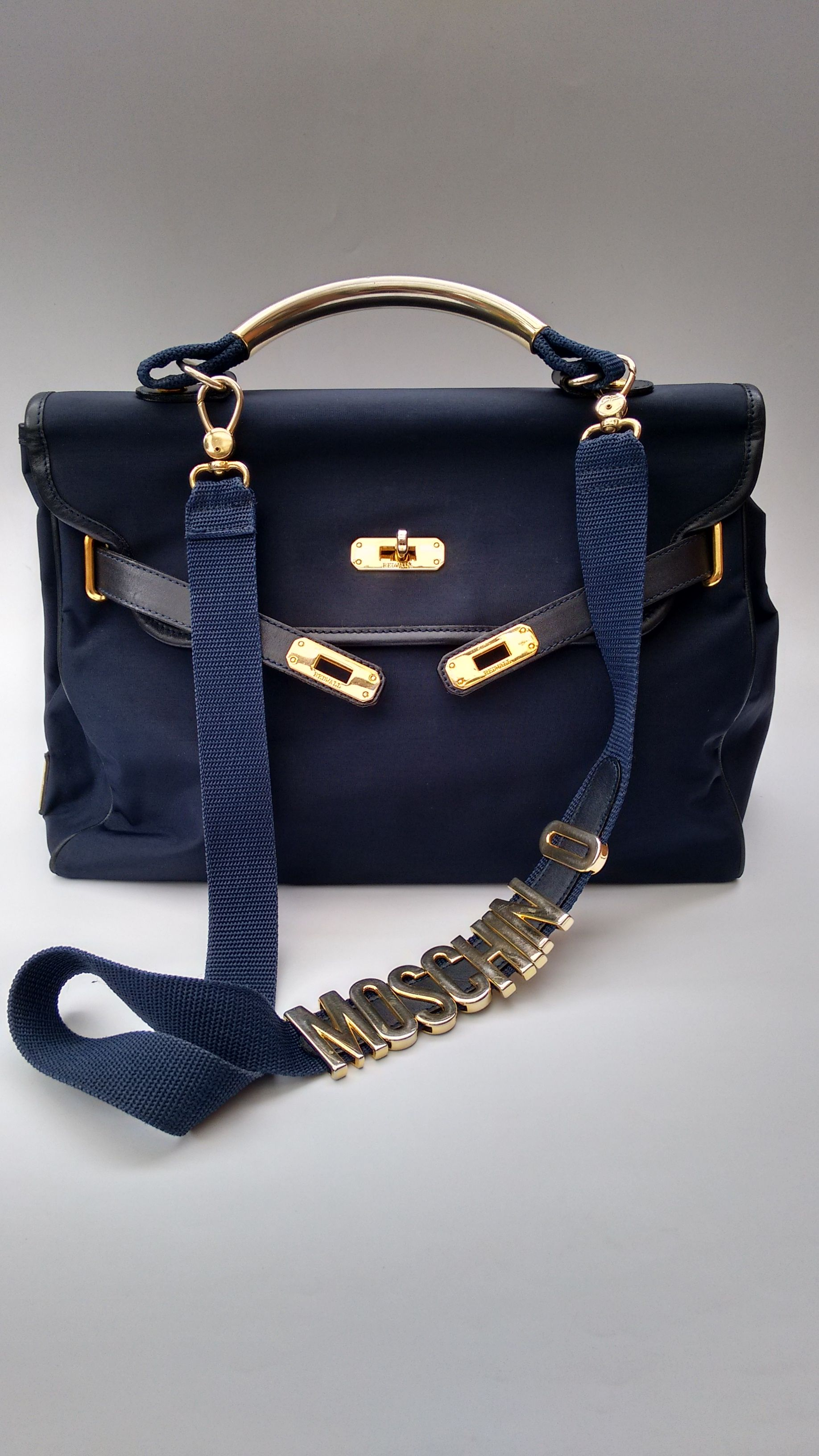 2de05d0fa62 MOSCHINO Bag. Moschino by Redwall Vintage Navy Birkin Kelly Style Shoulder  bag with detachable strap . Italian designer purse