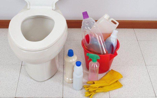 Cuidado com os desinfetantes e os famosos 'multiuso'. Use o primeiro somente no banheiro e o segundo em superfícies laváveis. Foto: Think Stock