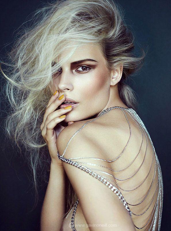 #contour #editorial #fashion