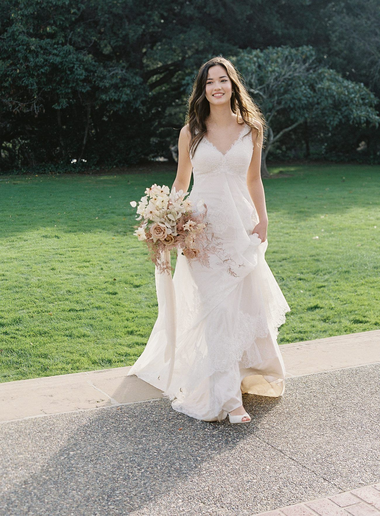 Scalloped A Line Wedding Dress With Double Straps David S Bridal Sweet Wedding Dresses Wedding Dresses A Line Wedding Dress [ 1766 x 1300 Pixel ]