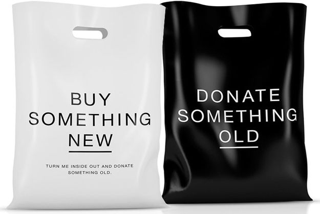 Shopping Bag Encourages Buyers To Donate Unwanted Clothes
