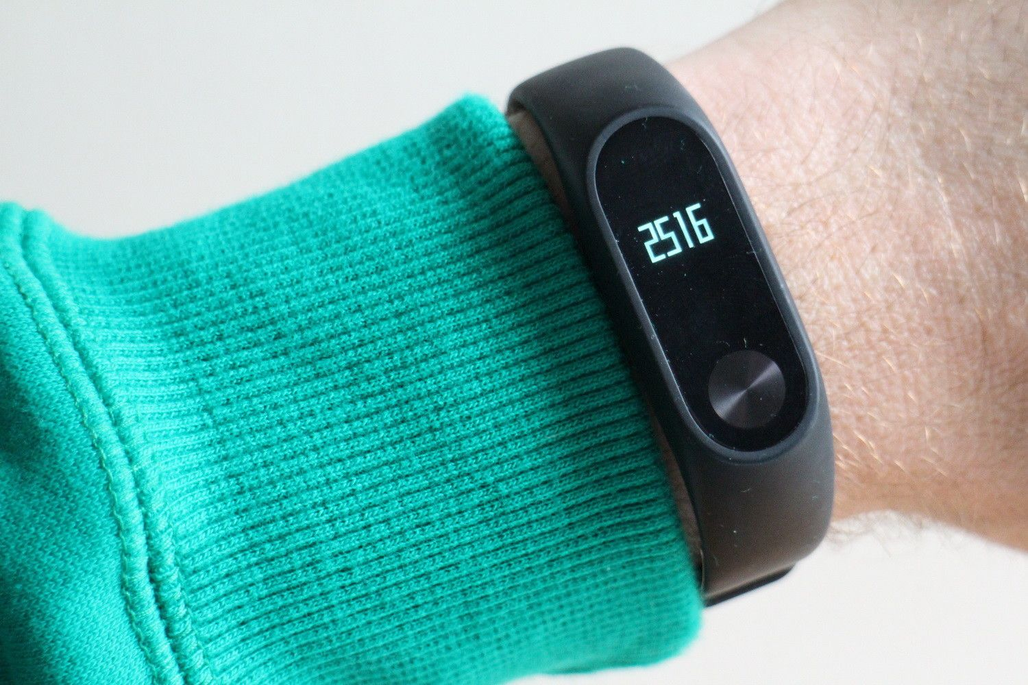 Xiaomi's Mi Band 2 is the perfect step and sleep counter