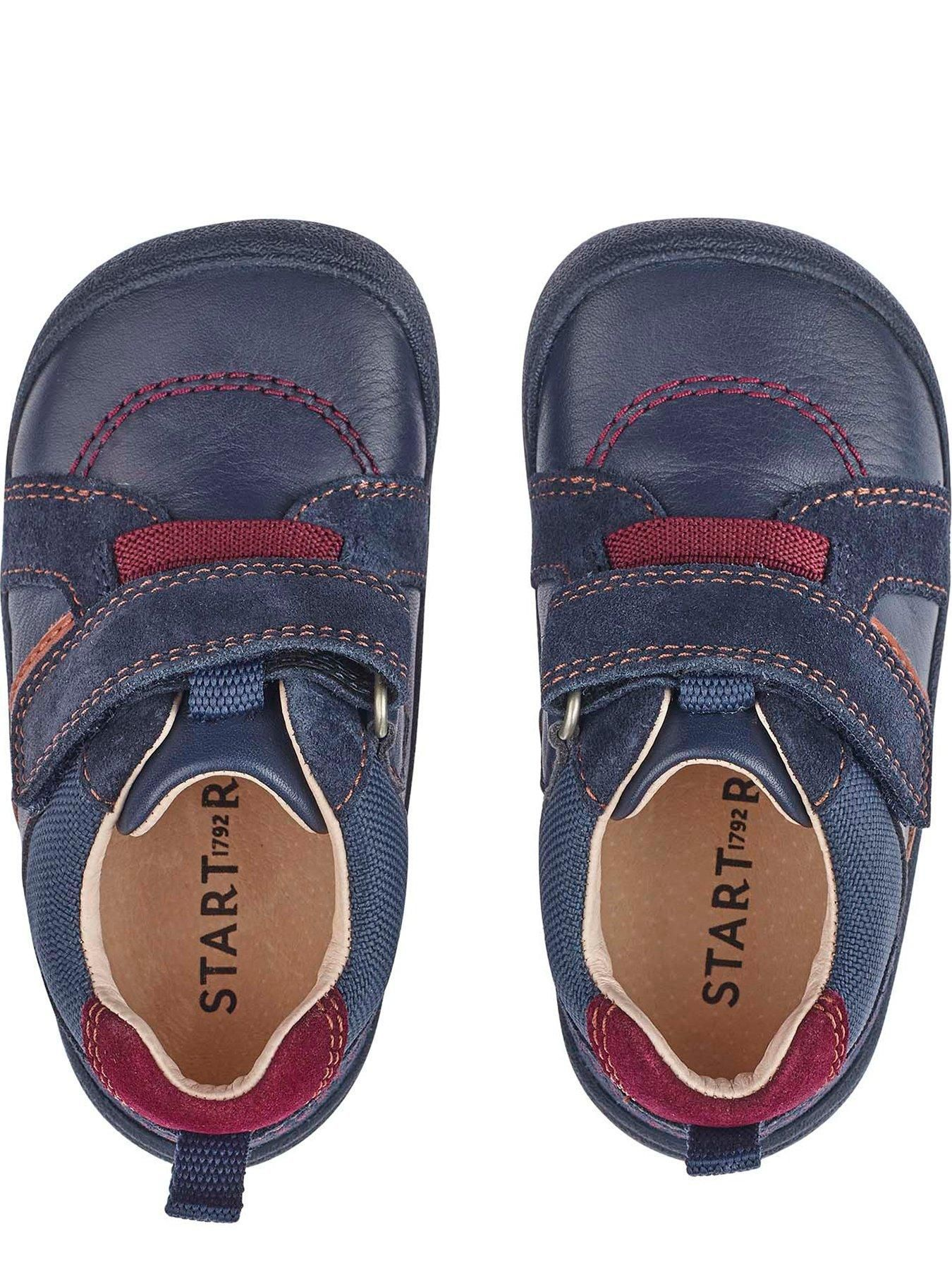 Younger Twist Shoes - Navy in 2020
