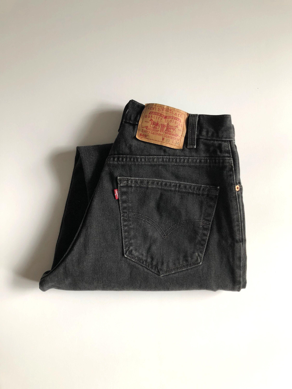 Vintage Men's 80's Levi's 501XX, Blue Jeans, Red Tab, Short, Denim (W33)