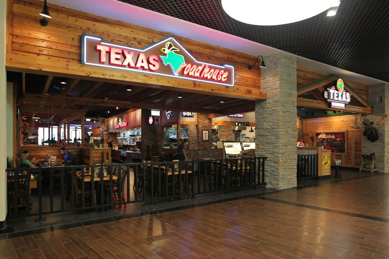 Texas Roadhouse Restaurant Is An American Chain Dinner Restaurants Texas Roadhouse Restaurant