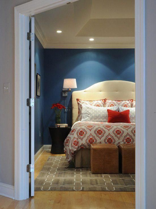 Photo of 20 Marvelous Navy Blue Bedroom Ideas – like the orange bedding in this photo #bl…