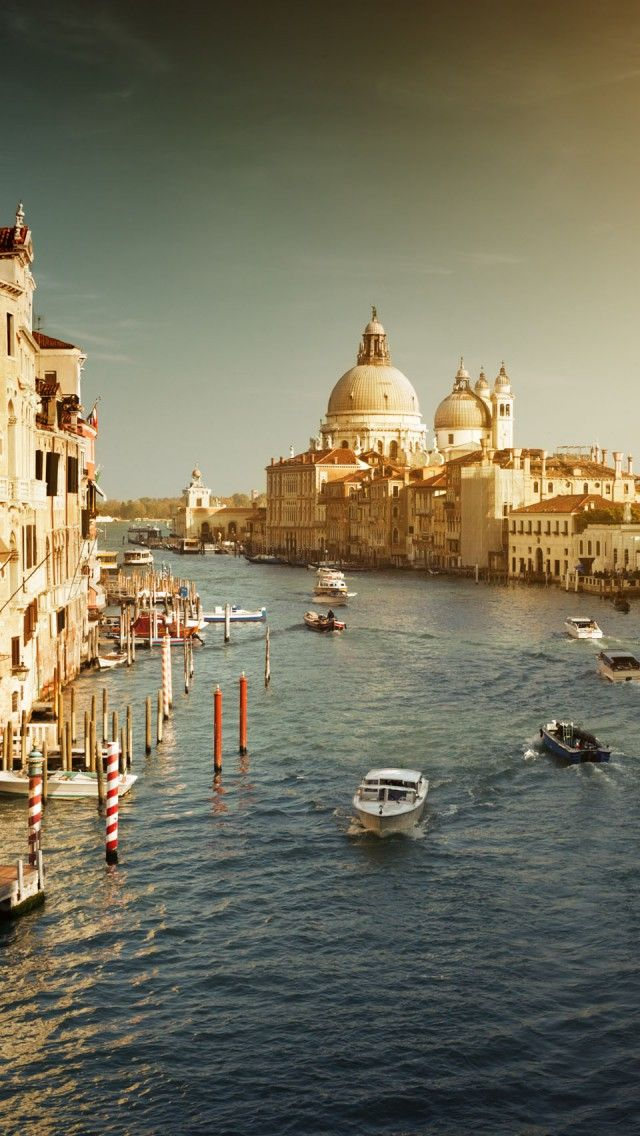 Romantic Venice, Italy iPhone 5 wallpapers, backgrounds