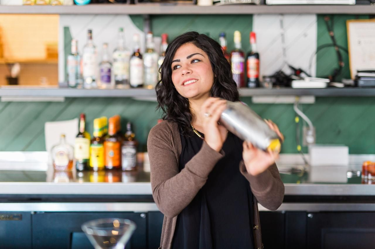 Bartending tips from a professional mixologist