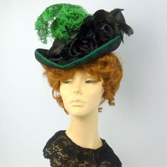 Victorian Style Hat In Green Taffeta Black Lace 1800s Etsy Hat Fashion Victorian Fashion Style