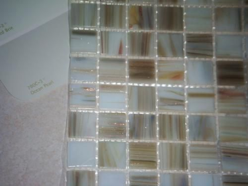 Msi Ivory Iridescent 12 In X 4 Mm Gl Mesh Mounted Mosaic Tile 20 Sq Ft Case Smot Gls Iiv4mm The Home Depot