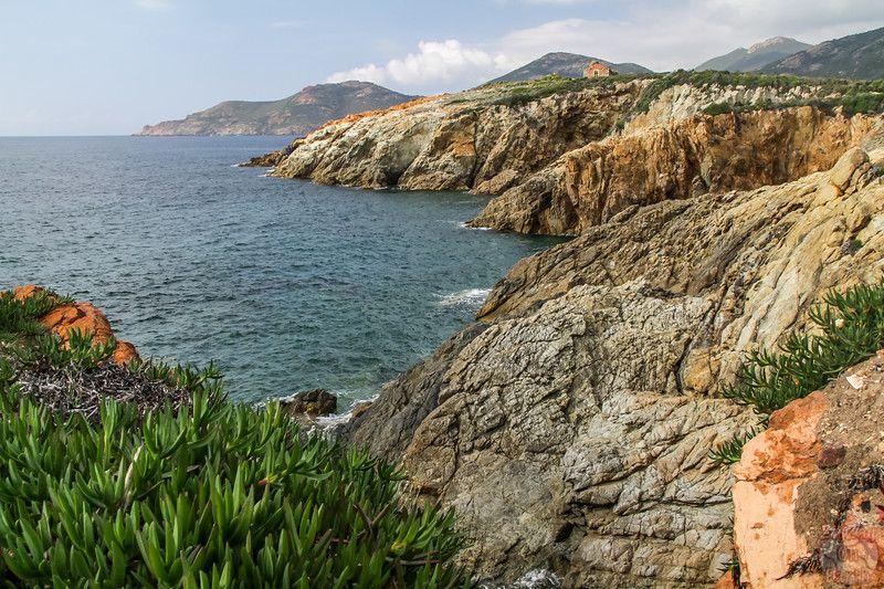Les Plus Beaux Paysages De Corse En Photos De La Montagne A La Mer Les Plus Beaux Paysages Beau Paysage Paysage