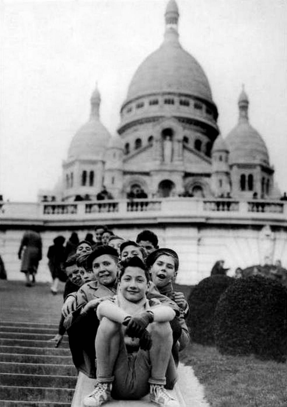 Sacré-Coeur Paris circa 1950 Agence Keystone | Old Time | Pinterest